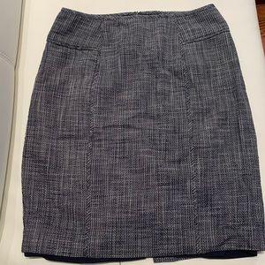 Banana Republic navy textured pencil skirt